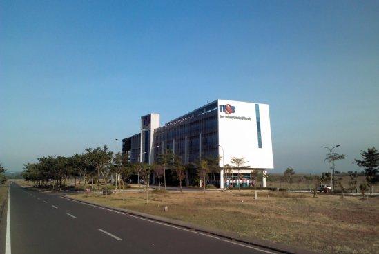Kampus ITSB di Delta Mas, Cikarang