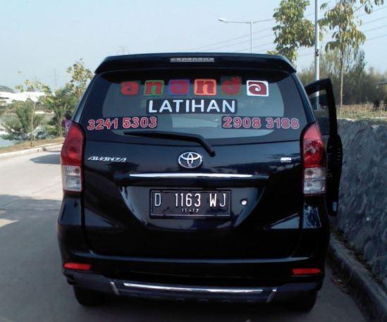 Mobil latihan - Kursus mengemudi Ananda Cikarang