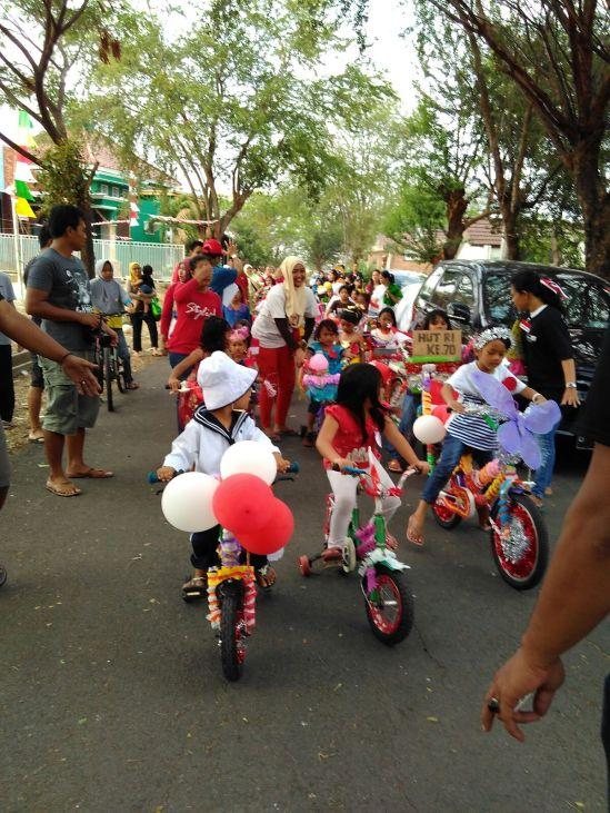 Pawai sepeda hias Taman Cibodas, Lippo Cikarang